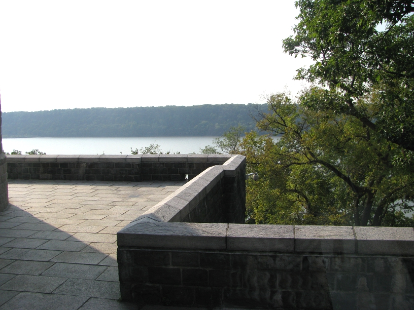 hudson river from the cloisters
